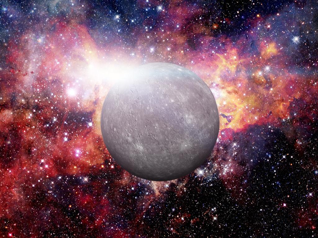 Reflecting on Mercury Retrograde: Working It to Your Advantage Blog Image